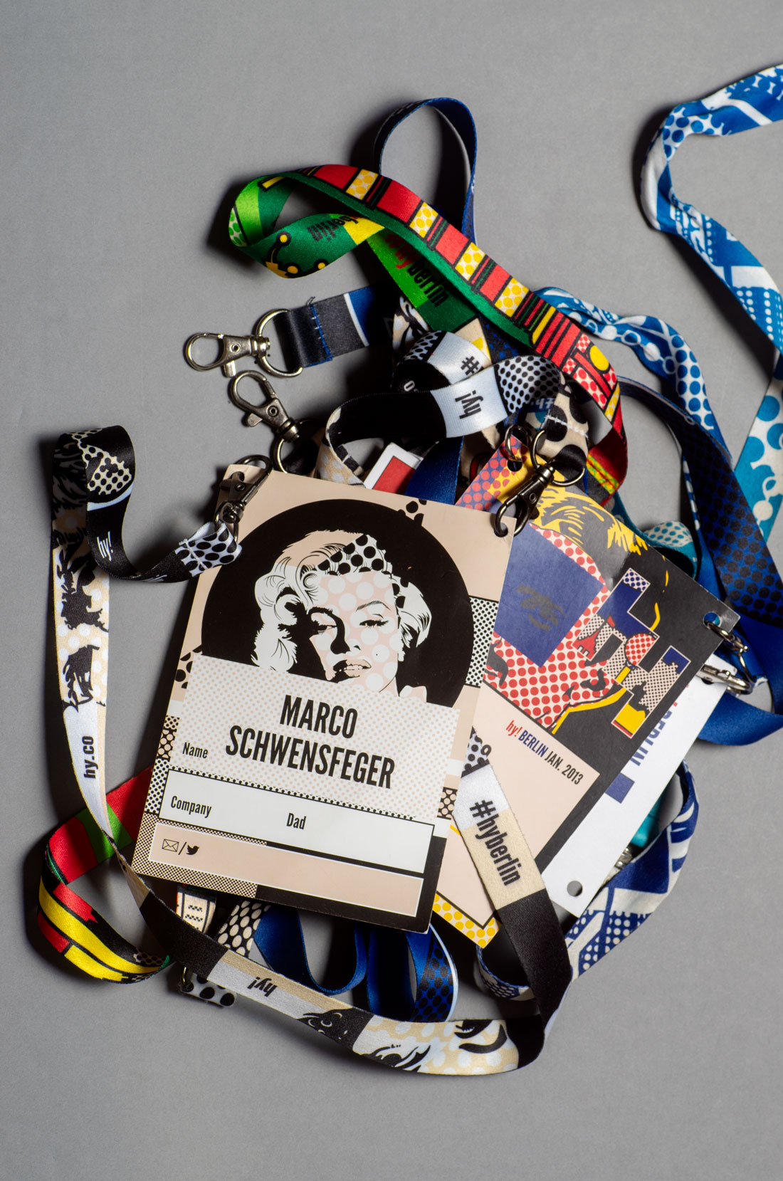 hy_all_nametags_lanyards@2x